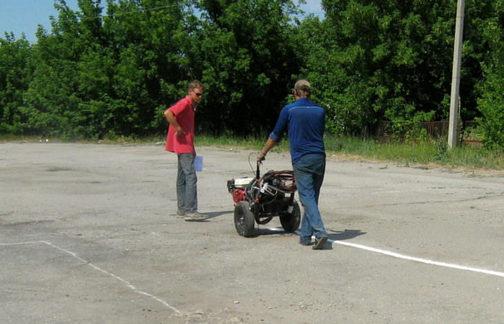 На картодроме Изюмской СЮТ устроено разметку для велосипедистов