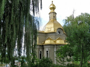 Святой источник Песчанской иконы божией матери город Изюм-24