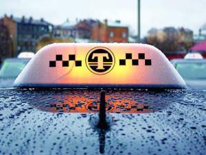 С первого апреля полицейские начнут проверять всех таксистов И