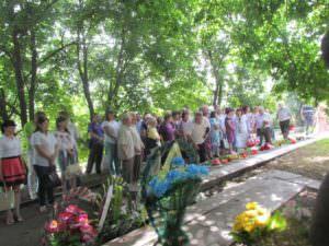 В Изюме почтили погибших во время войны в Украине-2