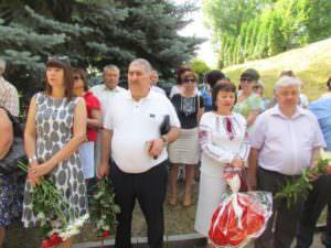 В Изюме почтили погибших во время войны в Украине