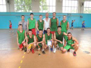 В Изюме состоялся турнир по баскетболу на Кубок Изюма