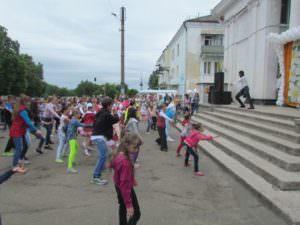 Международный день защиты детей, прошел в городе Изюме-9
