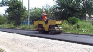 В Изюме начат второй этап ремонта дорог-1
