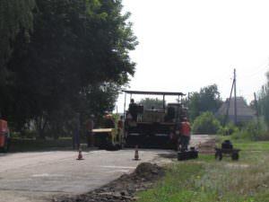 В Изюме ремонт дорог продолжается ускоренными темпами-4