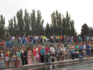 Изюмчани отпраздновали юбилейный 25 День Независимости Украины-1