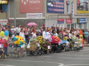 Изюмчани отпраздновали юбилейный 25 День Независимости Украины-7