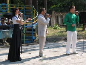 С концертом в зону ато-4