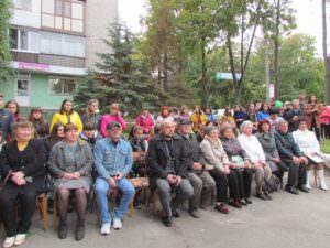 Изюмские библиотекари и читатели отметили Всеукраинский день библиотек-1