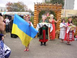 В Харькове одним из украшений ярмарки стала экспозиция Изюмского района-2