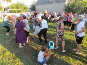 """Жители """"железнодорожного"""" микрорайона традиционно отпраздновали день квартала-3"""