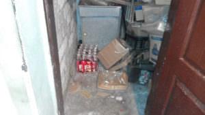 Отравление под Харьковом: в полиции показали алкоголь, который могли выпить умершие-4