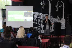 В Изюме прошел первый в области молодежный форум 2016-1