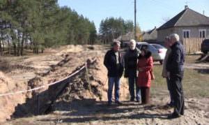 В с. Диброва Изюмского р-н проходит строительство водопровода