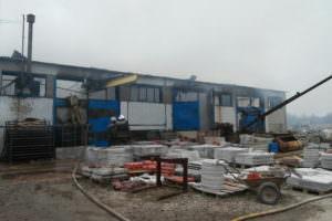 Спасатели ликвидировали пожар в складском здании в с. Цыркуны