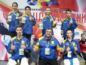 Пьедестал почета Чемпионата Украины по тхэквондо (ВТФ) c изюмськими спортсменами