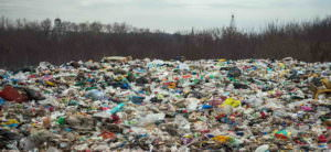 Город Изюм хотят превратить в свалку для мусора