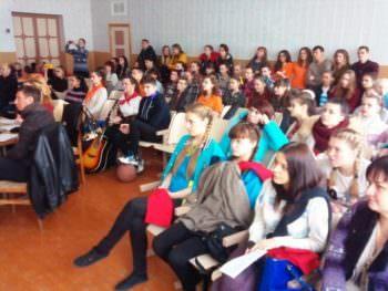 Молодеж города Изюма выбирает здоровый способ жизни-4