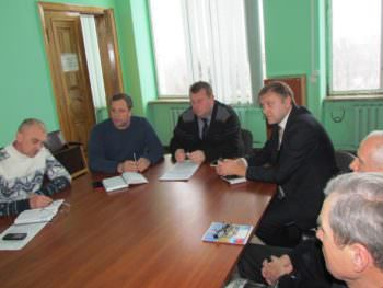Городскими властями Изюма проведена рабочая встреча с председателями правления ОСМД