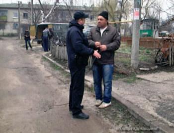 Izyumskaya police help to patrol in Balakleya-1