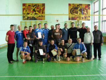 В Изюме состоялись соревнование с волейбола