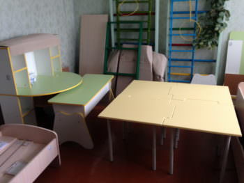 Детский сад города Изюма №10 пополнился новыми детскими мебелью