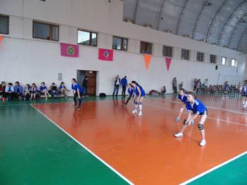Women volleyball team of the city Izyum participated in the regional sports contest-1