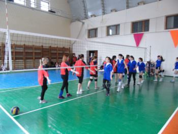 Women volleyball team of the city Izyum participated in the regional sports contest-2