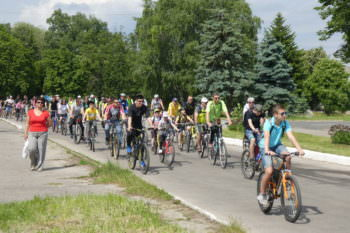 27-may-in-the-city-of-izyum-held-a-bike-day-6