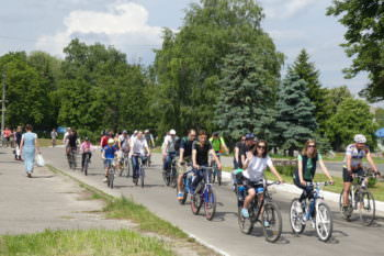 27-may-in-the-city-of-izyum-held-a-bike-day-7