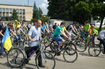 27-may-in-the-city-of-izyum-held-a-bike-day-8