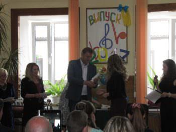 At the Music school held a graduation Izyum-4
