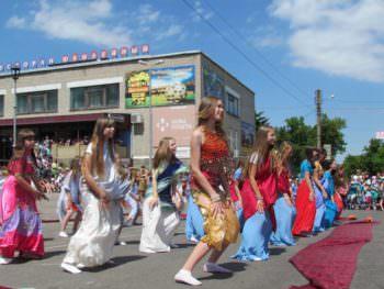 izyum-celebrated-international-childrens-day-6