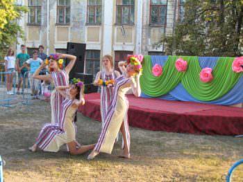 В городе Изюме в субботу 5 августа отметили праздник железнодорожников (фото + видео)
