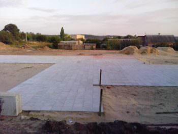 В с. Капитоловка строят летнюю эстраду для отдыха сельчан
