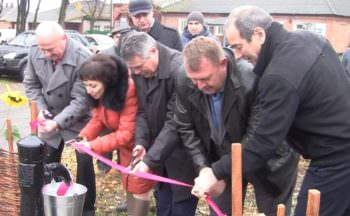 Букинская вода с нового водопровода, появилась в селе Оскол