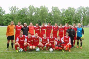 ФК «Кремянец» победил в матче изюмского дерби и переходит к играм плей-офф