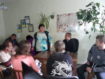 В Изюме проводятся воспитательные беседы представителей религиозных общин Изюма с подростками