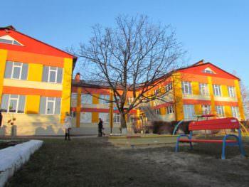 """Городская власть совместно с немецкими партнерами """"GIZ"""" капитально отремонтировали детский сад №12 в Изюме (видео)"""
