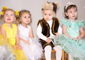 Как прошли Новогодние утренники в детских садиках г. Изюма