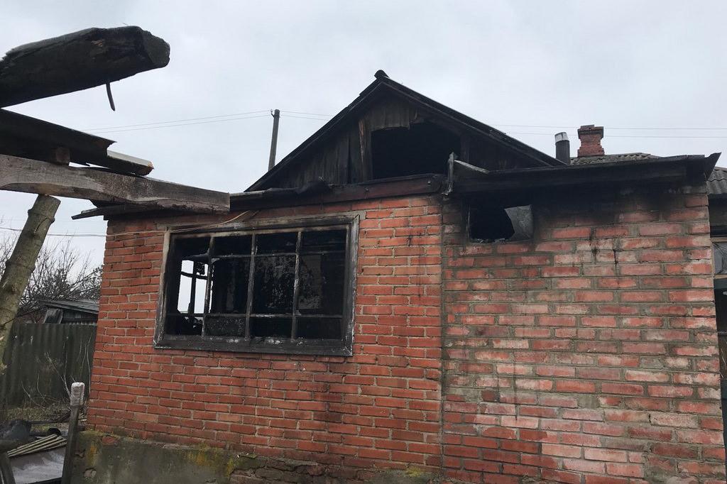 ВКиеве cотрудники экстренных служб вовремя тушения пожара обнаружили труп женщины