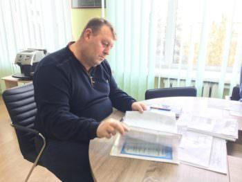 12 одаренных детей Изюма получили от мэра стипендию