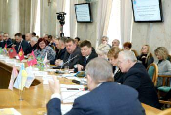 Изюмскому району на ремонт и содержание «сельских» дорог будет направлено до 29 млн. грн.