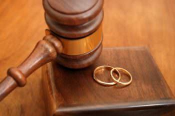 Несовершеннолетние жители Изюма отстаивали право на брак в суде