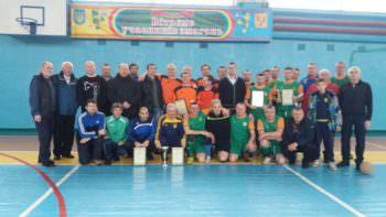 В Изюме состоялся турнир по футзалу памяти Героев Небесной Сотни!
