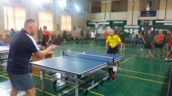 Изюмчани приняли участие в областных соревнованиях по настольному теннису