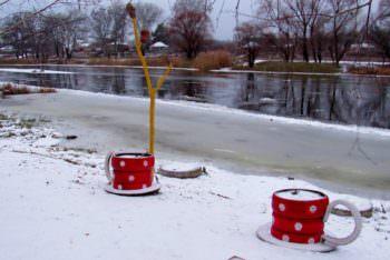 Река в Изюме начинает замерзать (фото)