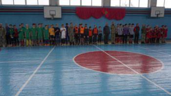 В Изюме прошел футбольный турнир памяти