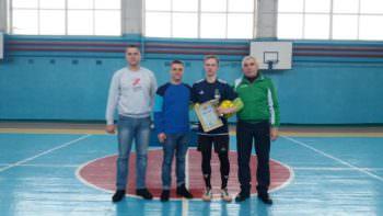 В Изюме прошел турнир по футзалу, посвященный Дню Соборности Украины