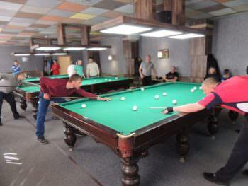 В Изюме состоялись соревнования по бильярду